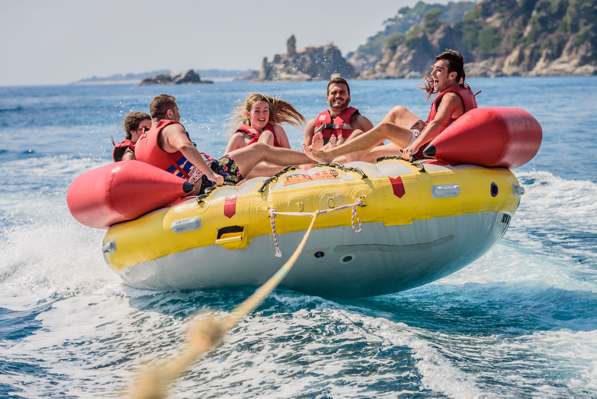 Crazy-UFO-Water-Sports-Center-Lloret-Fenals-Beach19