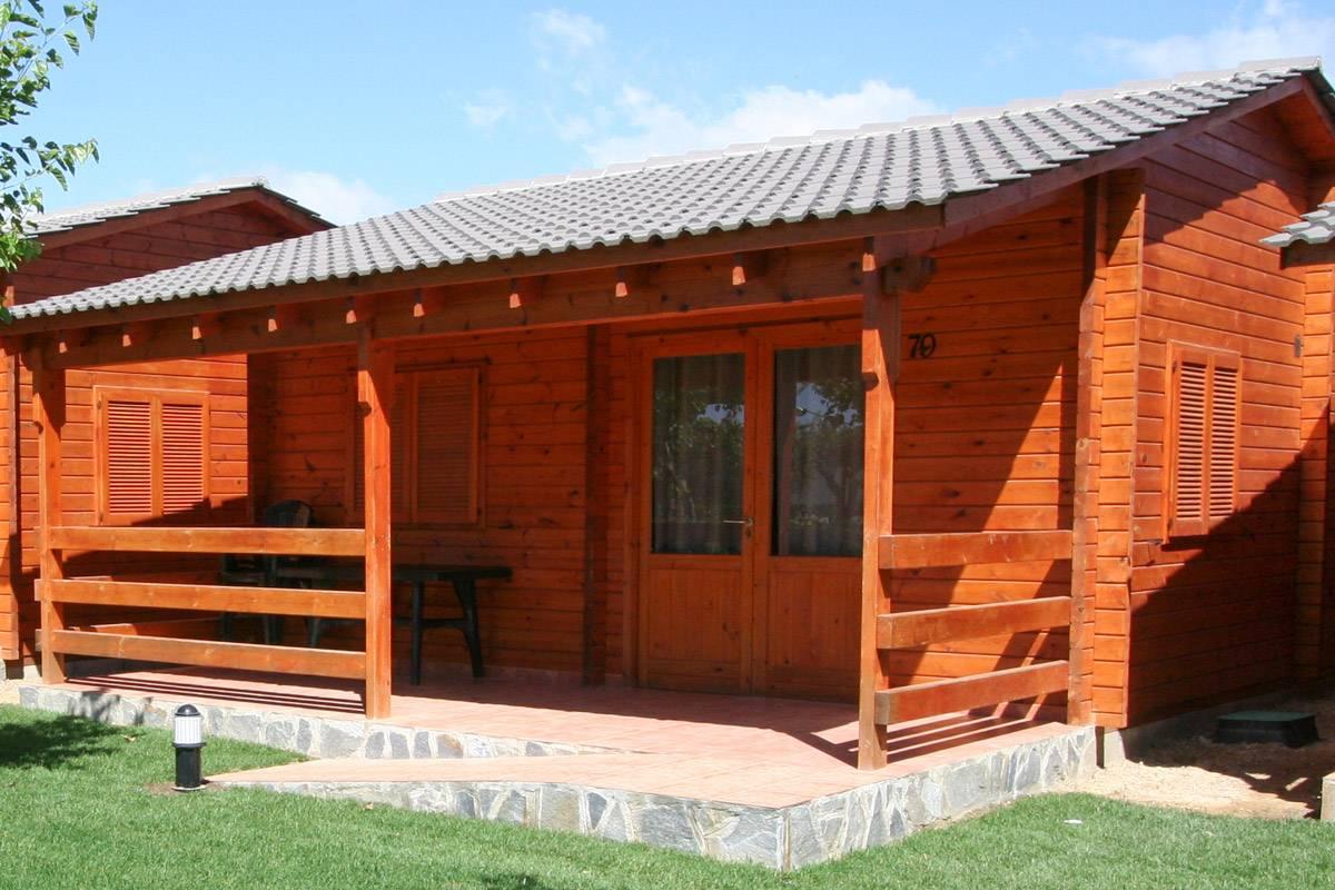 camping-joan-bungalow-costa-confort-pool-01