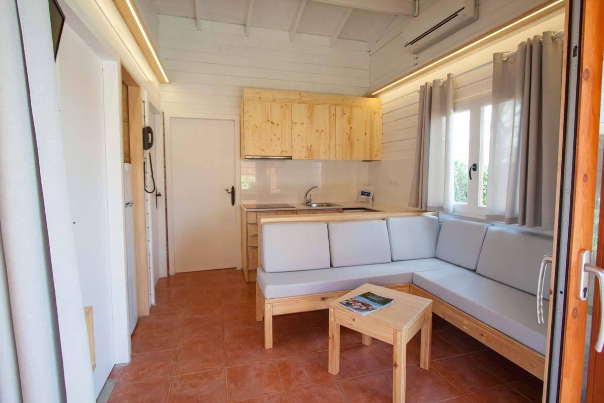 camping-joan-bungalow-costa-deluxe-02