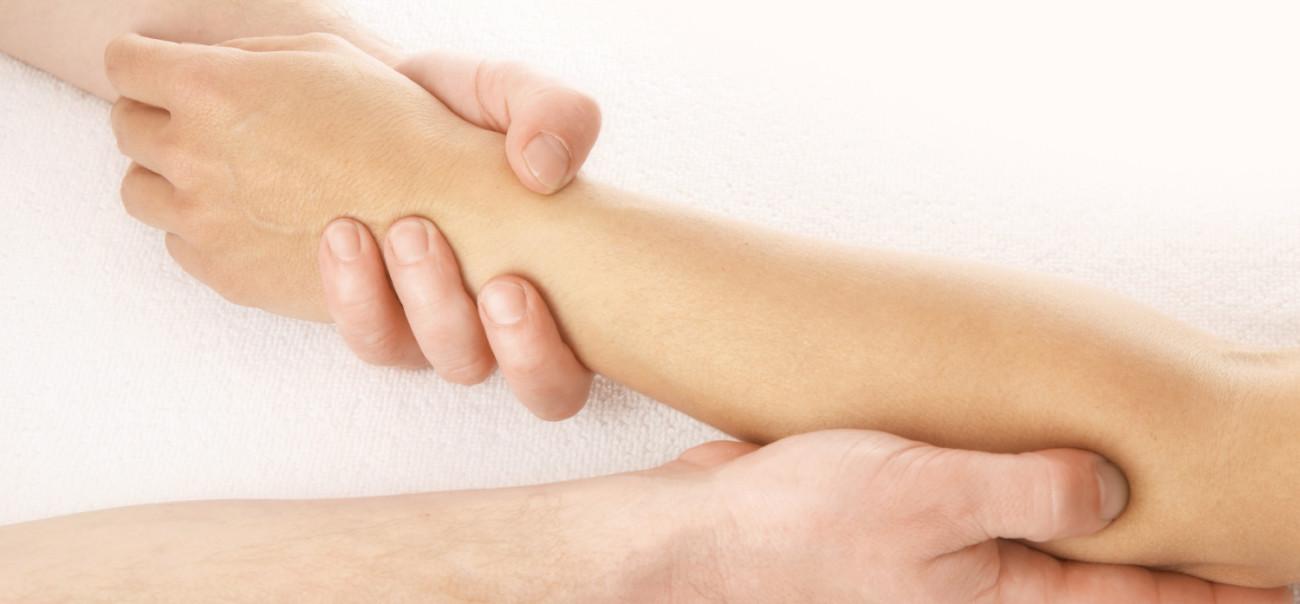 ellbow massage